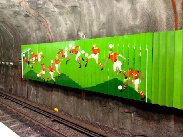 Stockholms tunnelbana, estação Stadshagen. Foto: Mangan02, Wikipedia